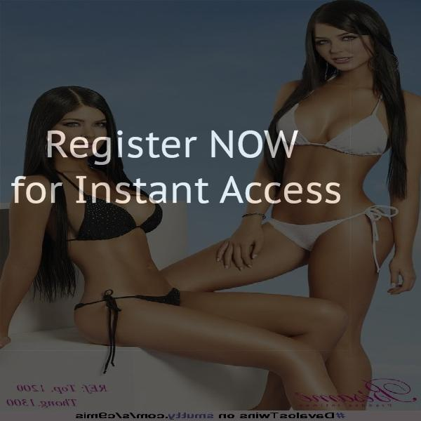 Threesome chat rooms in Canada